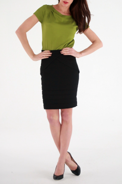 Maddox Skirt Black - model