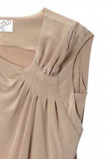 Swanston Dress Sand - Detail