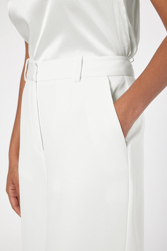 THE_FOLD_ALMEIDA_TAILORED_CULOTTES_IVORY_CREPE_DT060_4_v2