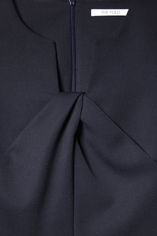 EC1_Belmore_Top_Navy_DETAIL