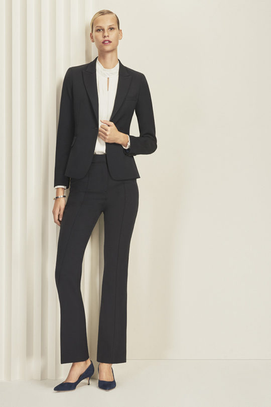 EC1_TAILORED_JACKET_NAVY_HEPWORTH_WHITE_BLOUSE_EC1_BOOTCUT_TROUSERS_041