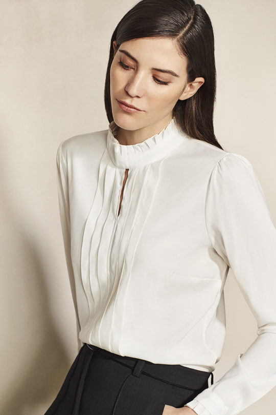 Hepworth_Ivory_Blouse_DB013_0069 2_v2