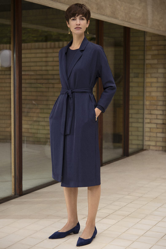 191003_THE_FOLD_PENROSE_COAT_NAVY_082_v2