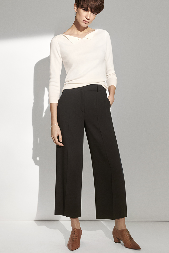 https://thefoldlondon.com/wp-content/uploads/2018/12/191028_THE_FOLD_LEMARAIS_MARINER_IVORY_JUMPER_LE_MARAIS_CULOTTES_BLACK_SORRENTO_TAN_LIZARD_141_v2.jpg