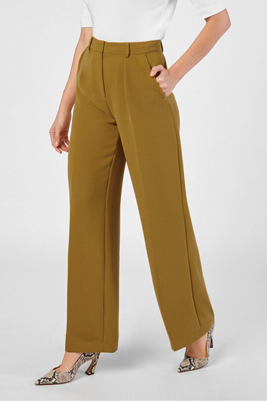 https://thefoldlondon.com/wp-content/uploads/2015/08/ALWESCOT_TROUSERS_NEW_CROP.jpg
