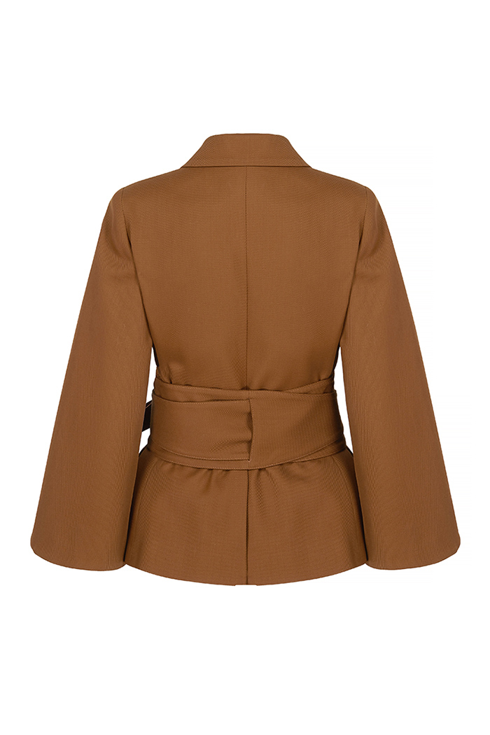 https://thefoldlondon.com/wp-content/uploads/2019/06/BESANO_JACKET_TOFFEE_TWILL_BACK.jpg