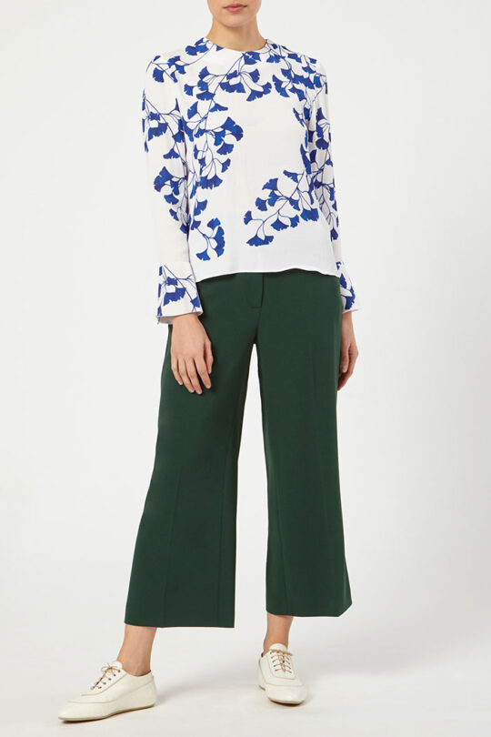 ELLESMERE_BLOUSE_IVORY_DB096_BESANO_CULOTTES_GREEN_DT045_FRONT_52427_copy.jpg