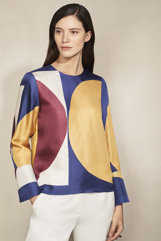 https://thefoldlondon.com/wp-content/uploads/2015/08/EllesmereBlouse_Multicoloured_DB056_0169-2_v2.jpg