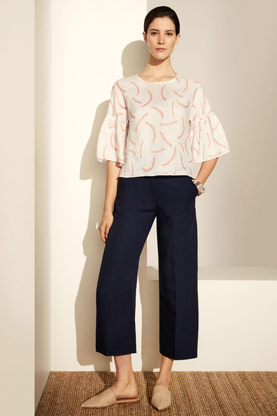 https://thefoldlondon.com/wp-content/uploads/2019/04/Ives-Top-Ivory-Print-Linen_DB055_3481-copy.jpg