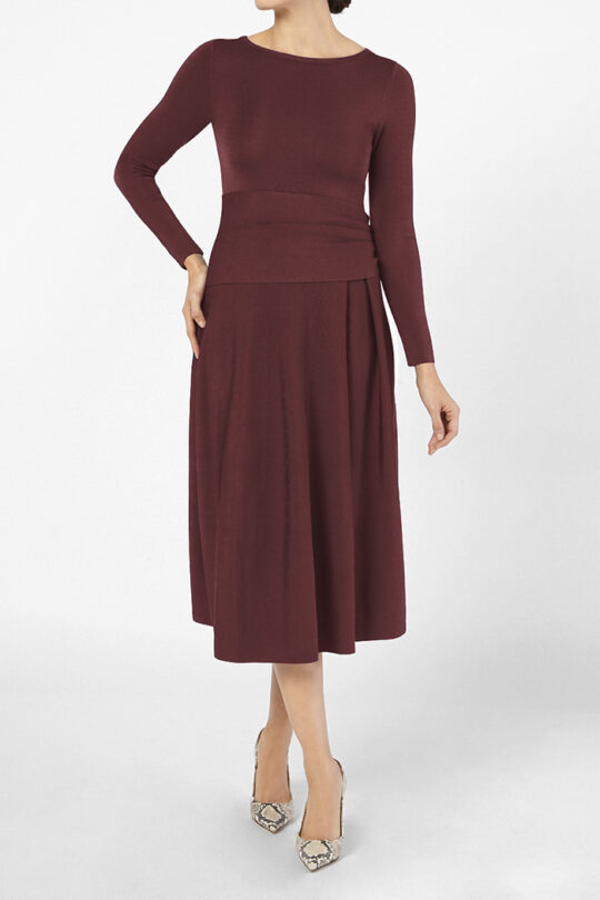 https://thefoldlondon.com/wp-content/uploads/2015/08/KNITTED_CAMELOT_DRESS_BORDEAUX_41388_v3.jpg