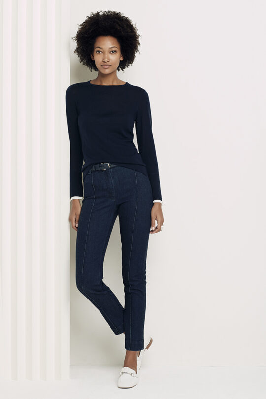https://thefoldlondon.com/wp-content/uploads/2018/12/Kielder_Silk_Cuff_Jumper_Navy_DK014_Denim_Tailored_Trousers_DT090_2765.jpg