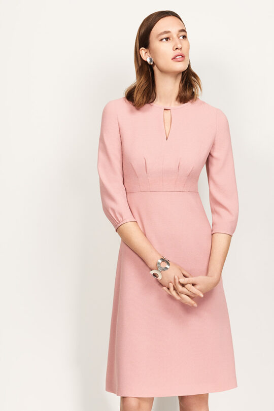 https://thefoldlondon.com/wp-content/uploads/2018/06/LR1288_EP_THE_FOLD_ROCHESTER_DRESS_ENGLISH_ROPE_ITALIAN_CREPE_045_F3-3-1.jpg