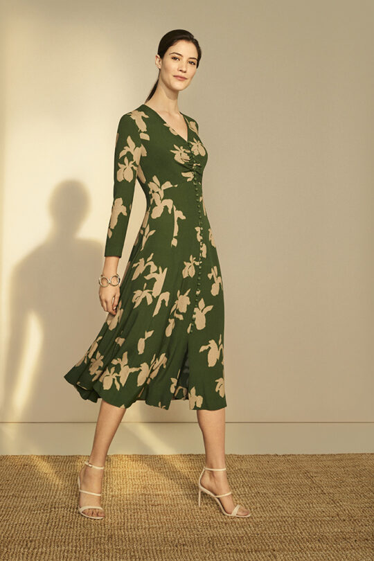 https://thefoldlondon.com/wp-content/uploads/2019/03/Lochaline-Dress-Green-Iris-Print_DD105_582_v2.jpg