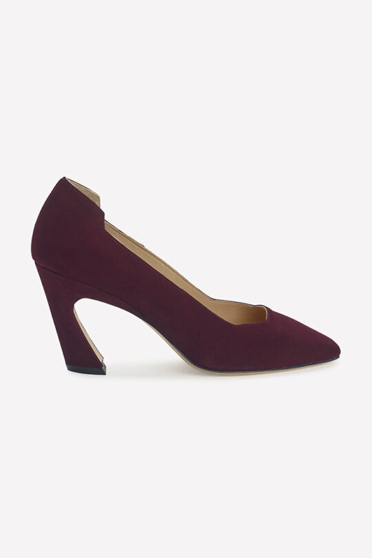 https://thefoldlondon.com/wp-content/uploads/2019/08/Plum_Suede.jpg