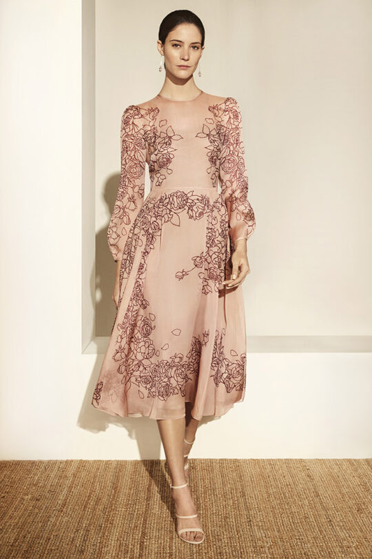 https://thefoldlondon.com/wp-content/uploads/2019/03/Rosemoor-Dress-Blush-Pink-Silk-Chiffon_DD111_2956_v2.jpg