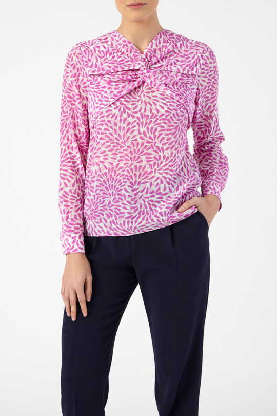 SWANFIELD_BLOUSE_PINK_DB093_LEANDER_TROUSERS_NAVY_DT041_FRONT_43772.jpg