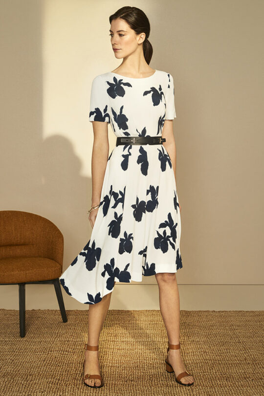 https://thefoldlondon.com/wp-content/uploads/2019/03/Somerby-Dress-Ivory-Iris-Print_DD104_083_v2.jpg