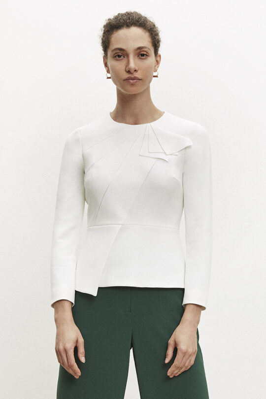 https://thefoldlondon.com/wp-content/uploads/2015/08/TheFold_Amesbury_Top_White_Crepe_DB092_v2.jpg