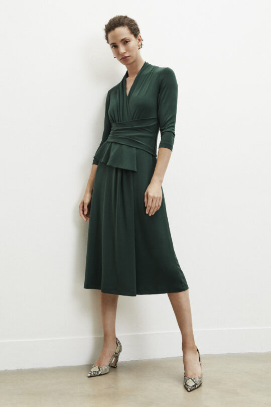 https://thefoldlondon.com/wp-content/uploads/2015/08/TheFold_Arlington_A-line_Midi_Dress_Green_Jersey_DD194_v2.jpg