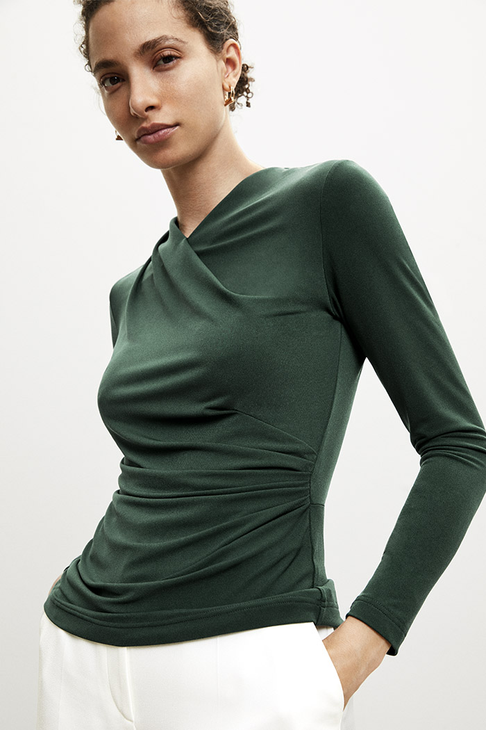 https://thefoldlondon.com/wp-content/uploads/2015/08/TheFold_Etienne_Top_Green_Jersey_DB094_v2.jpg