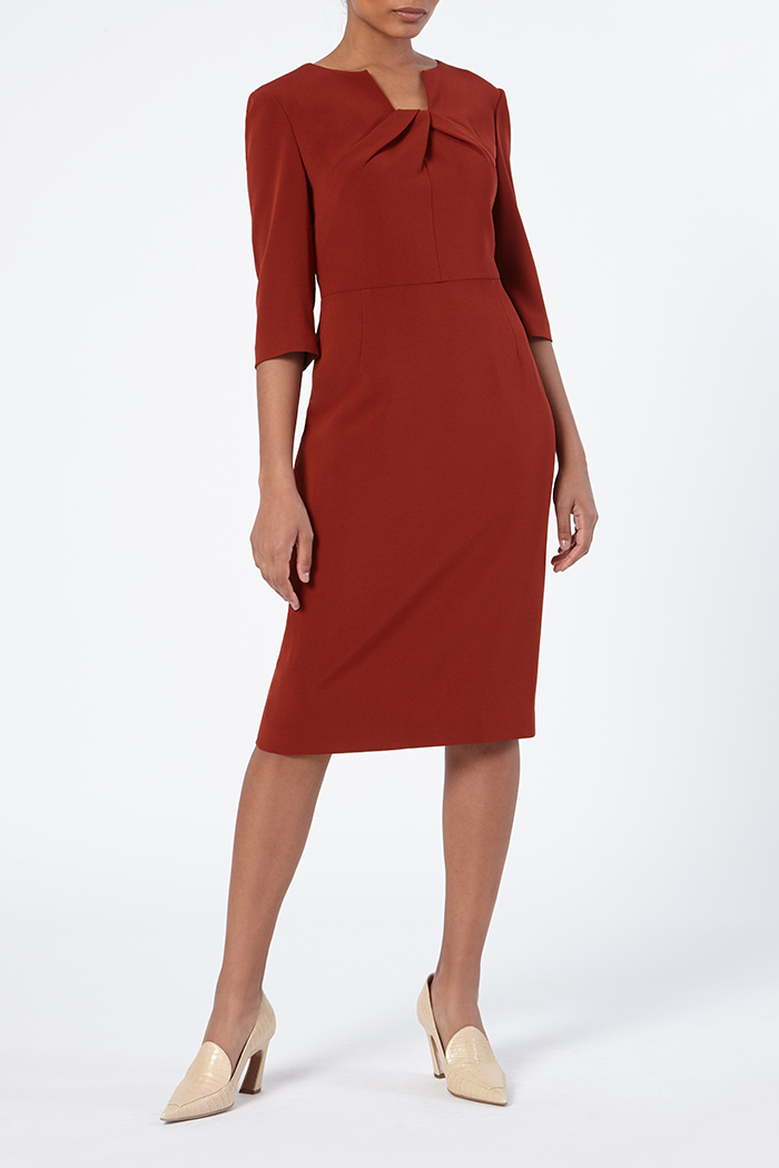 https://thefoldlondon.com/wp-content/uploads/2015/08/TheFold_Waverley_Dress_Sienna_Red_Crepe_DD218_Front_v2.jpg