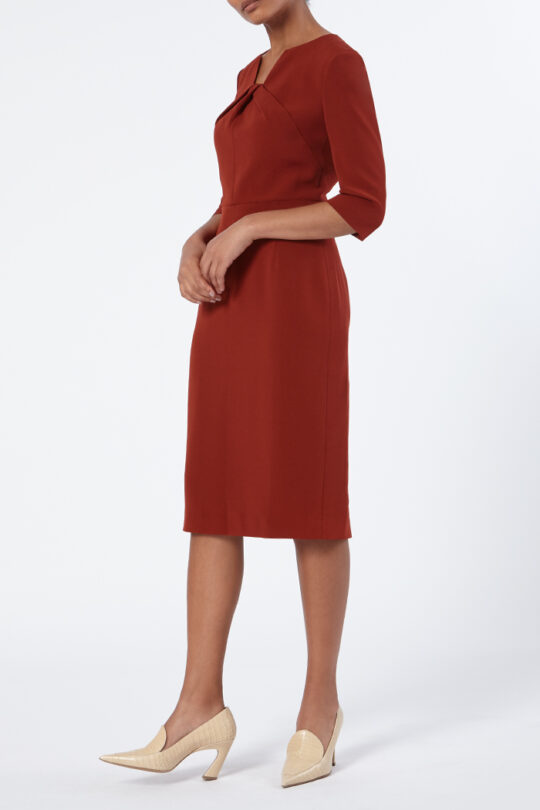 TheFold_Waverley_Dress_Sienna_Red_Crepe_DD218_Side_v2.jpg