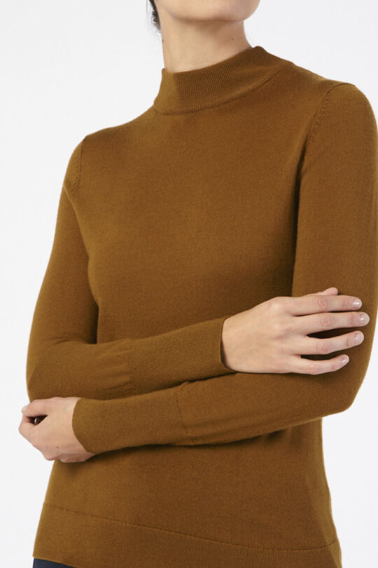 https://thefoldlondon.com/wp-content/uploads/2015/08/LILLE_JUMPER_TOFFEE-_D_40413_v3.jpg