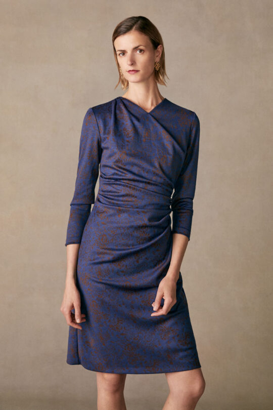https://thefoldlondon.com/wp-content/uploads/2015/08/TheFold_BELGRAVIA_DRESS_BLUE_JERSEY_JACQUARD_DD224_049_v2.jpg