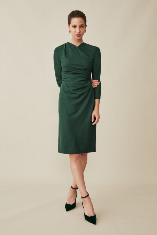 https://thefoldlondon.com/wp-content/uploads/2015/08/TheFold_BELGRAVIA_DRESS_DARK_GREEN_WOOL_JERSEY_DD177_1_v2.jpg
