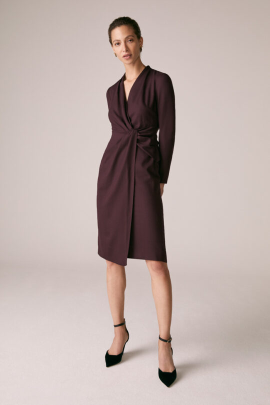 https://thefoldlondon.com/wp-content/uploads/2015/08/TheFold_GREENWICH_DRESS_PLUM_WOOL_CREPE_DD221_2_2.jpg