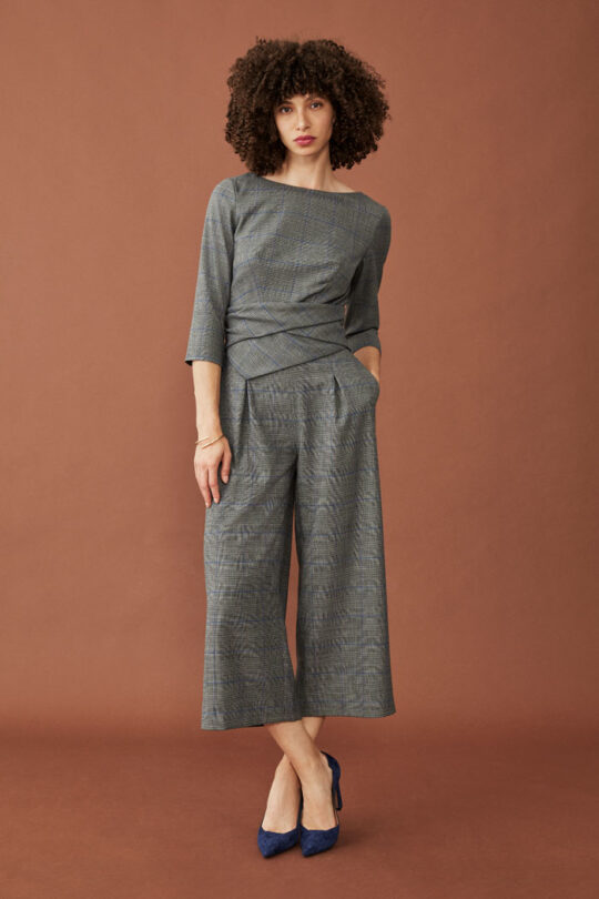 https://thefoldlondon.com/wp-content/uploads/2015/08/TheFold_LUGANO_JUMPSUIT_WOOL_CHECK_DD225_041_v2.jpg