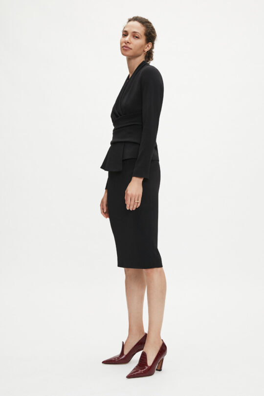 https://thefoldlondon.com/wp-content/uploads/2015/08/TheFold_PENCIL_SKIRT_BLACK_DS036_2.jpg