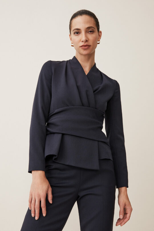 https://thefoldlondon.com/wp-content/uploads/2015/08/TheFold_Ultimate_Wool_BELLEVILLE_NAVY_D0174P003_2_2.jpg..jpg