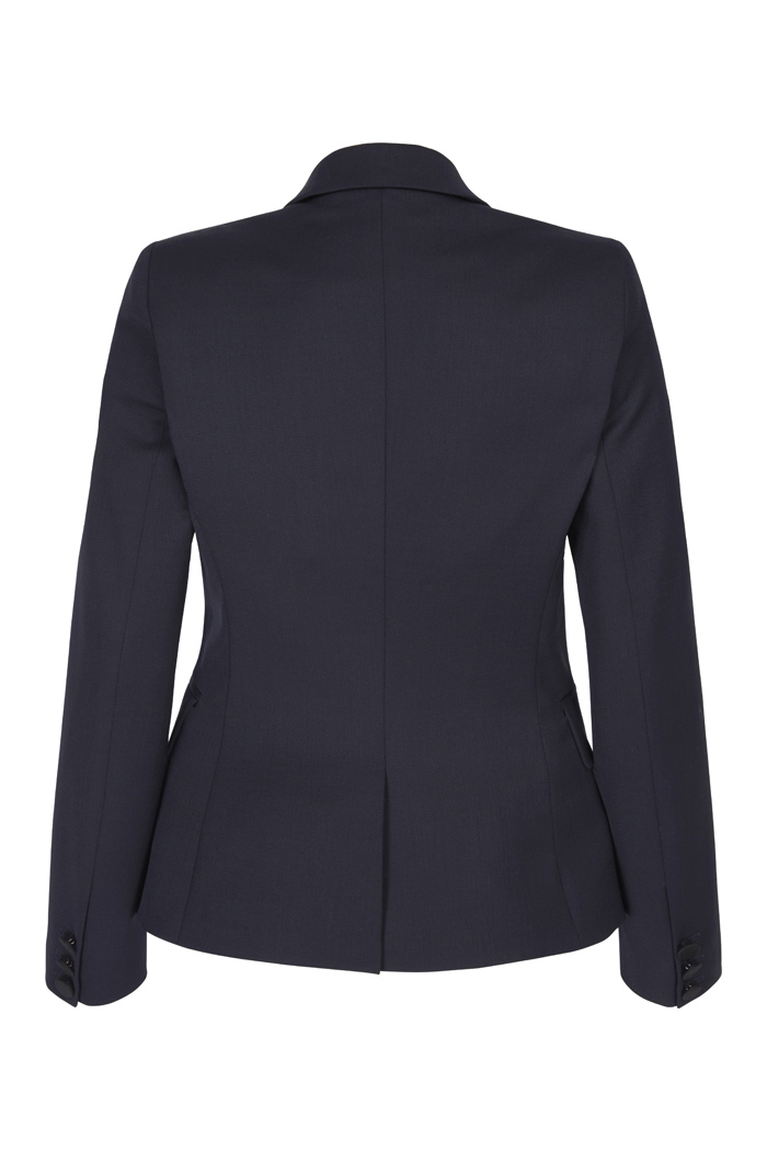 https://thefoldlondon.com/wp-content/uploads/2018/08/5742_EC1_TAILORED_JACKET_NAVY_BACK.jpg