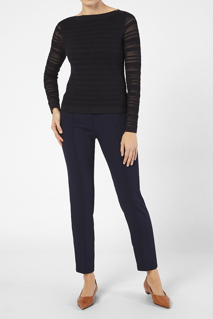 https://thefoldlondon.com/wp-content/uploads/2020/01/CHATILLON_JUMPER_BLACK_41662.jpg