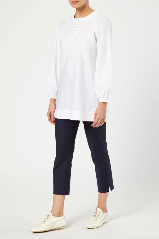 CORSICA_BLOUSE_WHITE_COTTON_DB099_REIMS_TROUSERS_NAVY_DT048_FRONT_52898.jpg