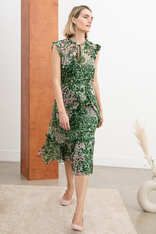 https://thefoldlondon.com/wp-content/uploads/2020/04/LAGRASS_DRESS_GREEN_DD214_123_V2.jpg
