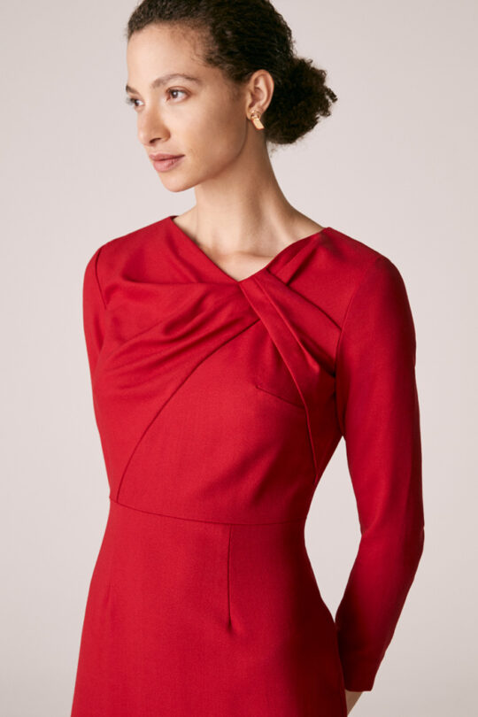https://thefoldlondon.com/wp-content/uploads/2015/08/TheFold_Ellingham_Dress_Red_Wool_Crepe_DD229_2_v2.jpg