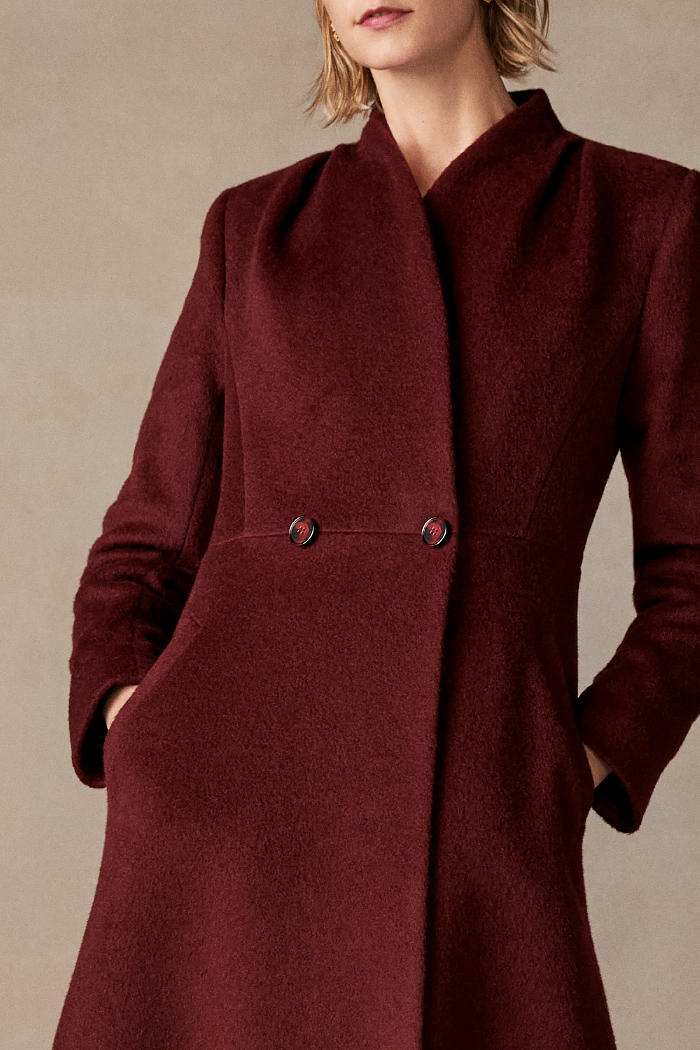 https://thefoldlondon.com/wp-content/uploads/2015/08/TheFold_Finchley_Coat_Burgundy_Premium_Wool_DO018_3_v2.jpg