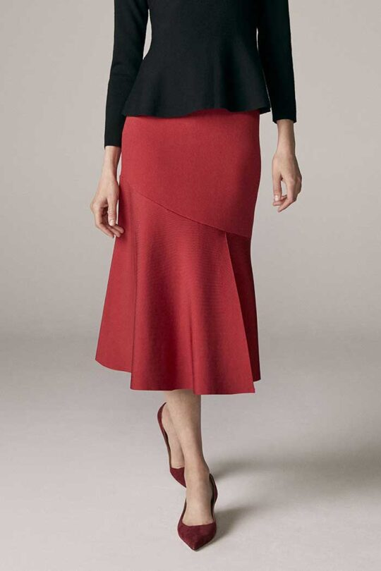 https://thefoldlondon.com/wp-content/uploads/2015/08/TheFold_PARIS_SKIRT_RUBY_RED_DK036_1_2_v2.jpg