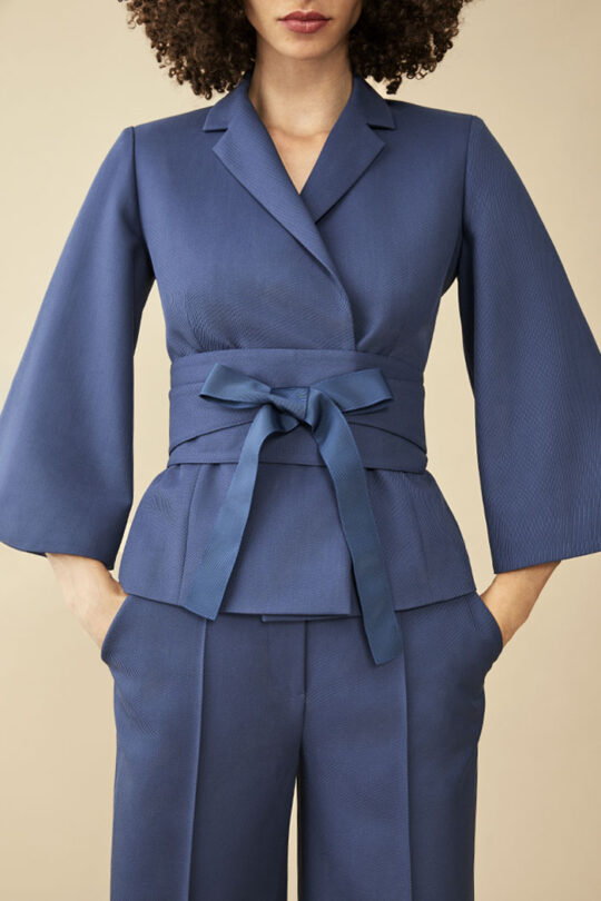 https://thefoldlondon.com/wp-content/uploads/2015/08/TheFold_Besano_Jacket_Blue_Twill_DJ044_v2.jpg