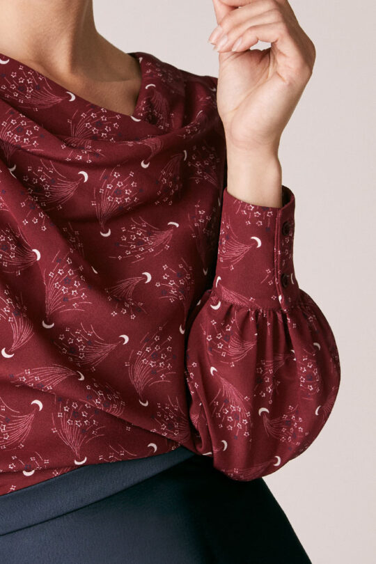 TheFold_Eglington_Blouse_Burgundy_Moon_And_Stars_Print_Silk_DB121_3_v2.jpg