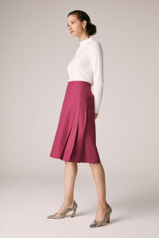 https://thefoldlondon.com/wp-content/uploads/2015/08/TheFold_Emsworth_Skirt_Magenta_Wool_DS044_2_v2.jpg