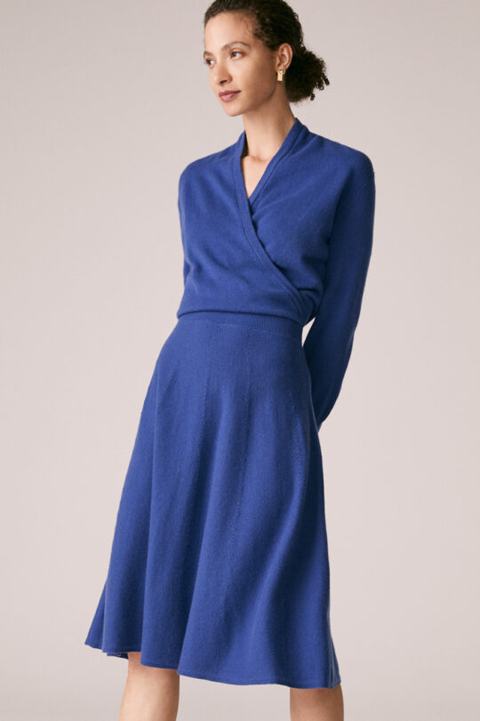 https://thefoldlondon.com/wp-content/uploads/2015/08/TheFold_Haseley_Knit_Dress_Slate_Blue_Wool_and_Cashmere_DD243_1_v2.jpg