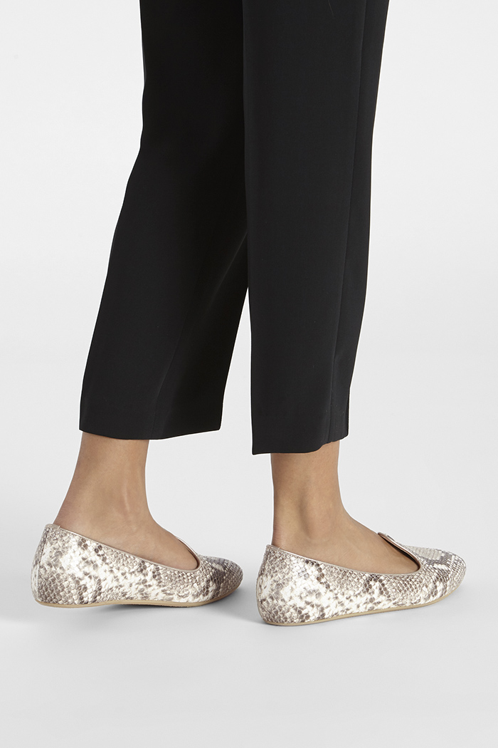 https://thefoldlondon.com/wp-content/uploads/2020/01/CATANIA_SLIPPER_SNAKE_DA036_2_47126_v2.jpg