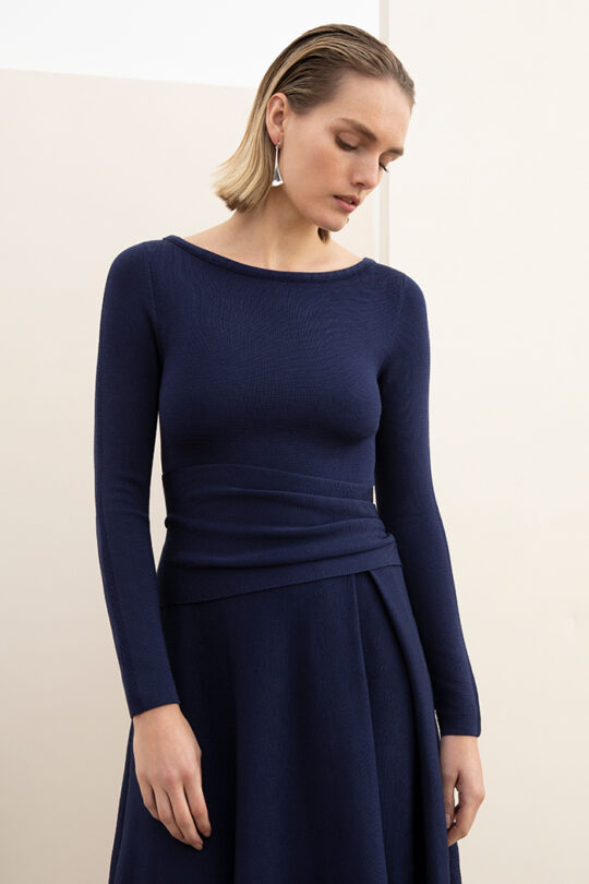 https://thefoldlondon.com/wp-content/uploads/2015/08/KNITTED_CAMELOT_DRESS_INDIGO_BLUE_DD185_097_v2-1.jpg