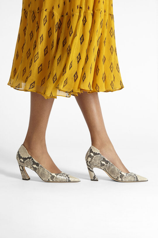 https://thefoldlondon.com/wp-content/uploads/2019/08/MILANO-SHOE_SNAKE_35409.jpg