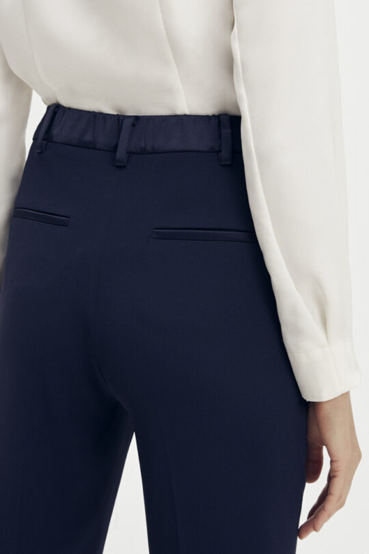 https://thefoldlondon.com/wp-content/uploads/2015/08/TheFold_Clever_Crepe_Slim_Leg_Elasticated_Trousers_Midnight_Blue_DT075_2_v2.jpg