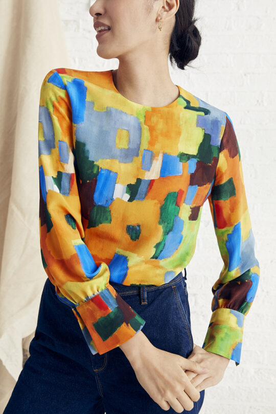 https://thefoldlondon.com/wp-content/uploads/2015/08/TheFold_Ellesmere_Blouse_Abstract_Print_Silk_DB132_2_v2.jpg