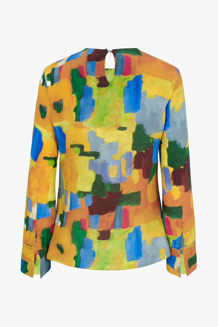 https://thefoldlondon.com/wp-content/uploads/2015/08/TheFold_Ellesmere_Blouse_Abstract_Print_Silk_DB132_2_v4.jpg